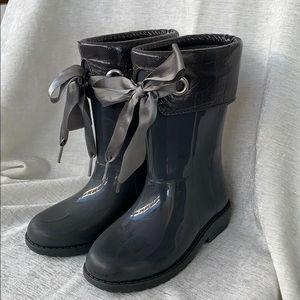 Igor Rain boots Gray with Satin Ribbon Girls Sz 12